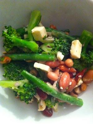 Salade de légumes verts pas plate du tout.