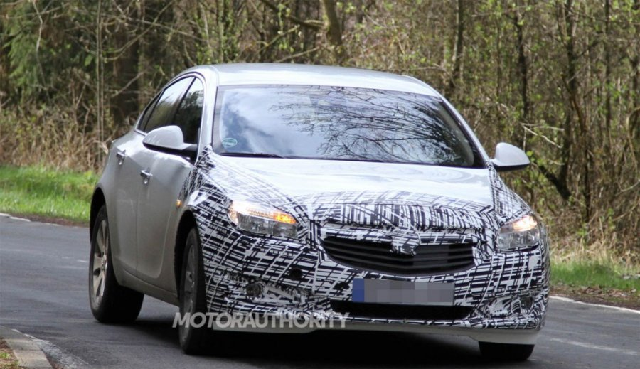 Spy photos of the updated Opel Insignia 2013 2014