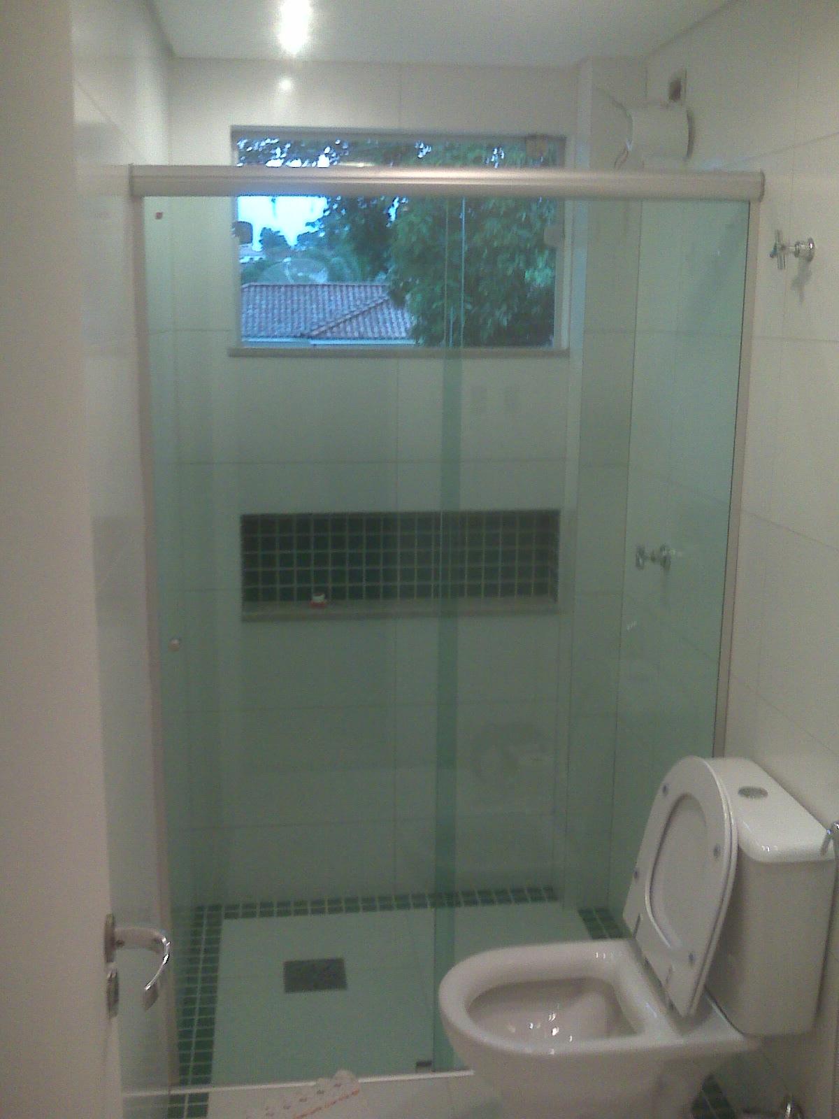 LINDO APTº A VENDA !!!Em Campo Grande MS -> Banheiro Reformado Com Pastilha