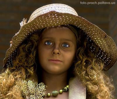 Ребенок-кукла