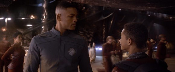 Will Smith e Jaden Smith em DEPOIS DA TERRA (After Earth)
