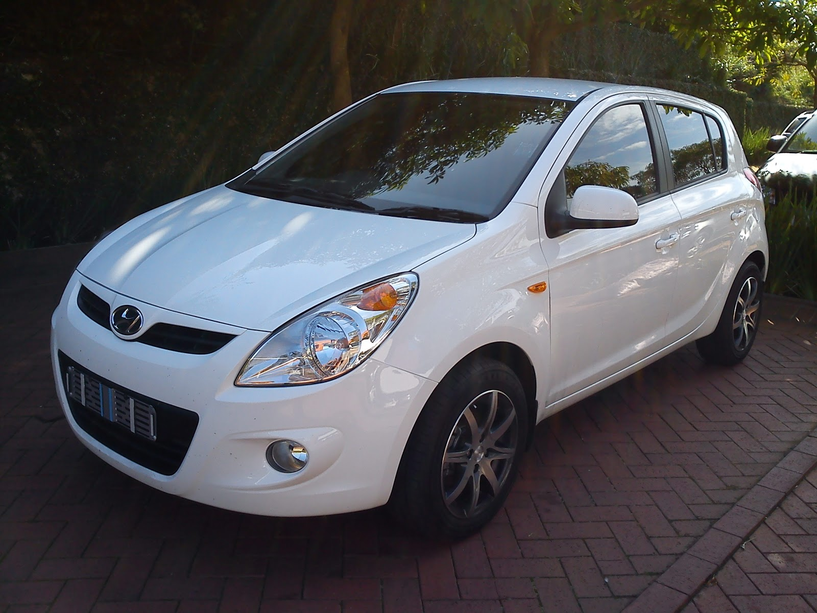 2011 hyundai i20 reviews specifications photos price - There Was One Word That Came To Me After Driving The Hyundai I20 1 6 Brilliant If I Was Told To Just Write One Word For This Review That Is The Word I D