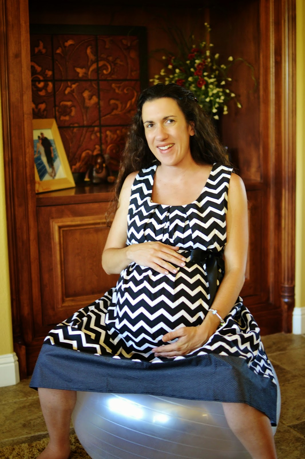 Love the comfort of this birthing gown!