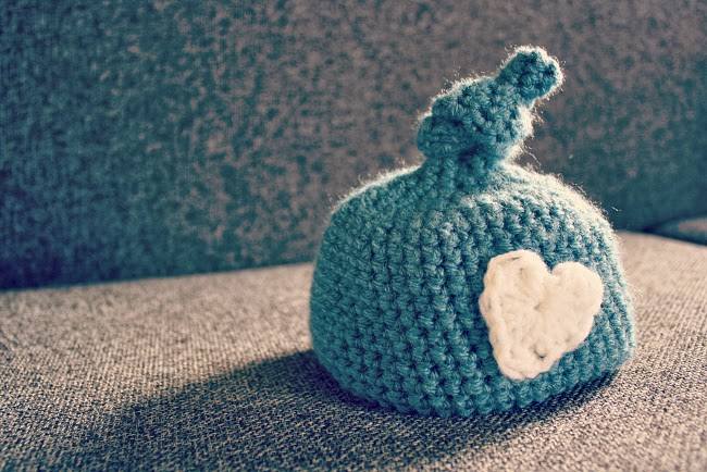 Crochet newborn knot hat
