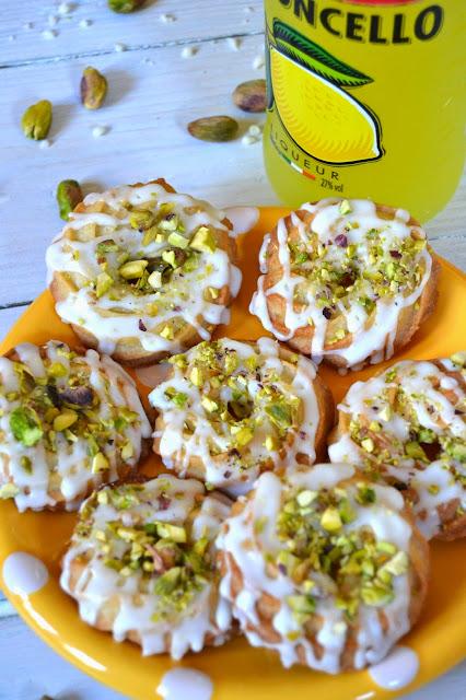 pistachio and limoncello cookies