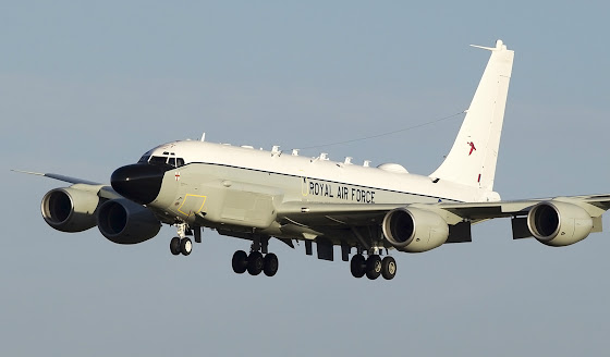 Rivet Joint spy plane