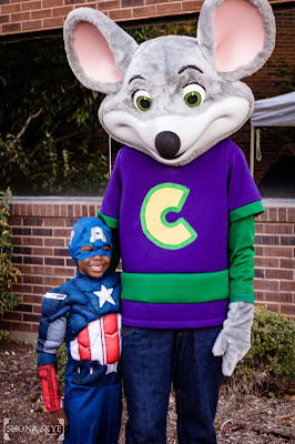 Numotion, Hazelwood, Halloween, Chuck E Cheese, St. Louis, MO, Missouri, Costumes, Family, Families, Children, Scarecrow, Corporate Event,