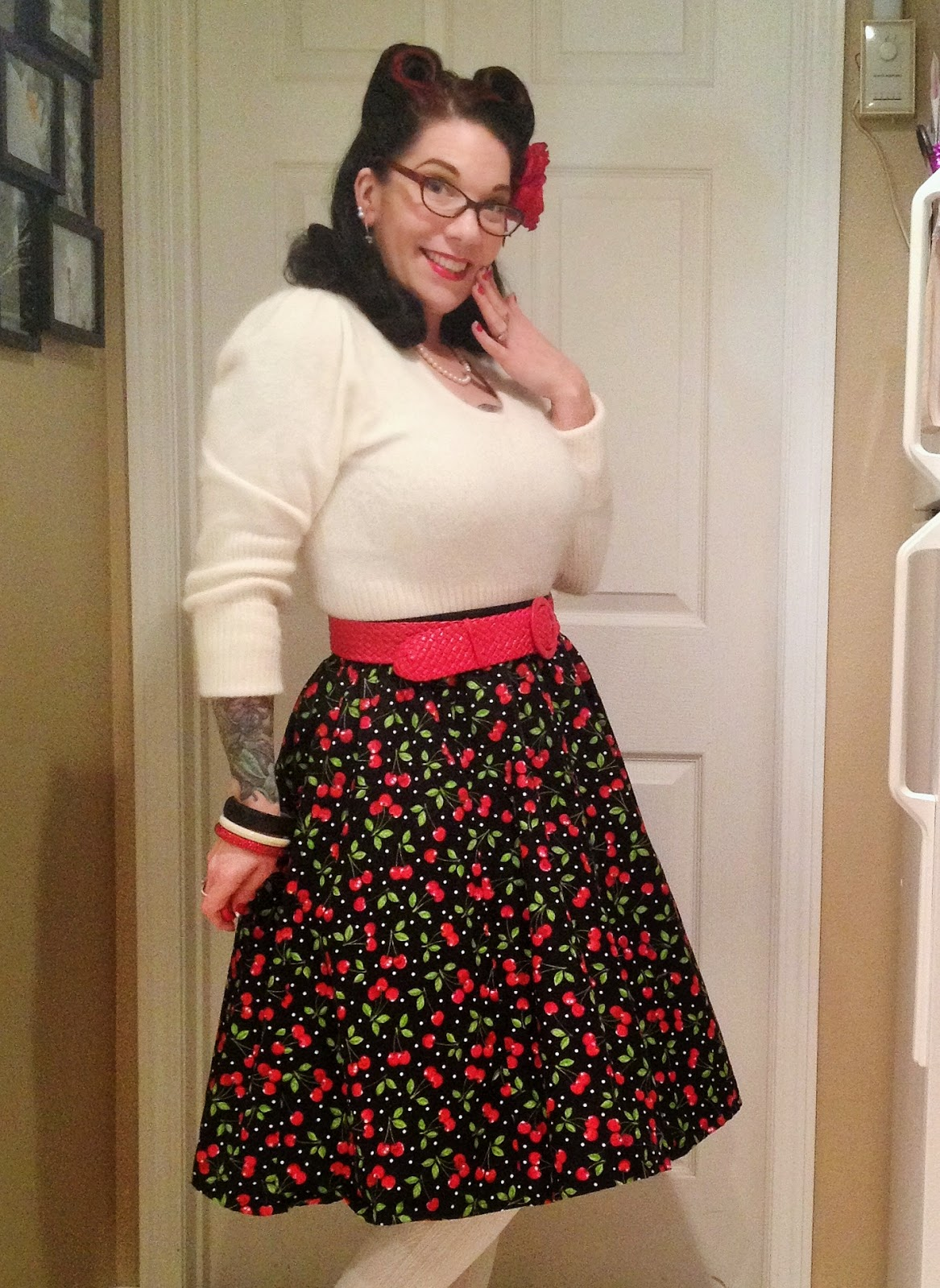 Vintage holiday outfit - She Knits in Pearls