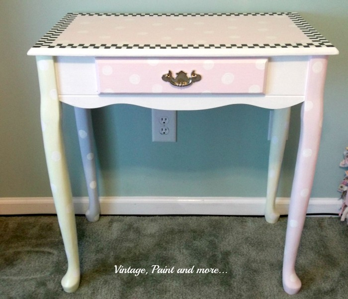 Vintage, Paint and more... decorative painted desk, girly girl furniture, polka dot painted desk, black and white check painted furniture