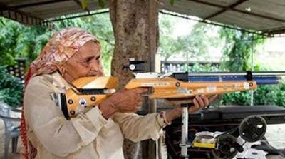 Nenek Penembak Jitu Sudah Berumur 78 Tahun