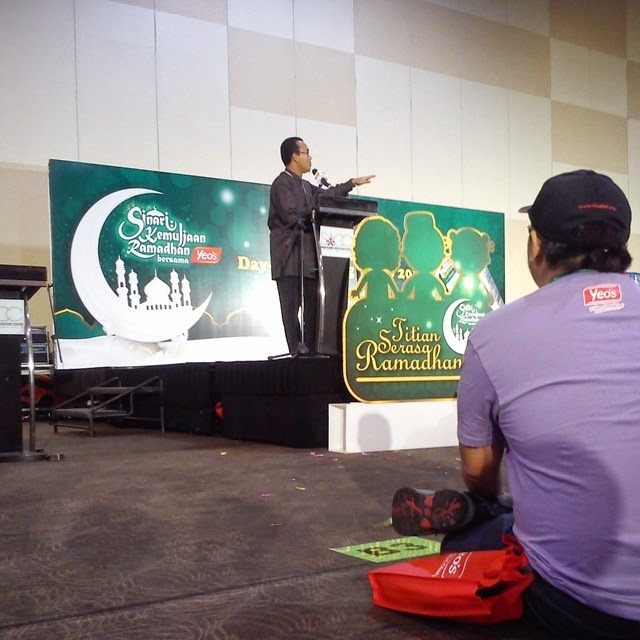 Benefit of Fasting - Representative from ZAKIM and he giving a speech