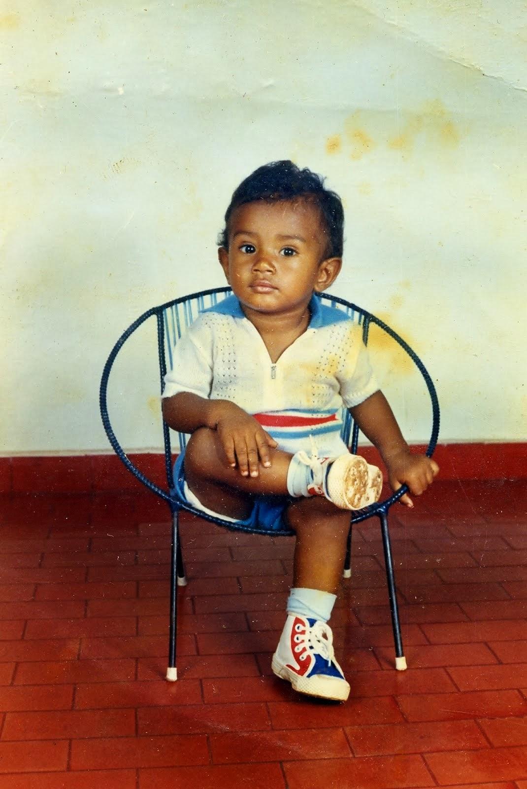 Douglas S. Nogueira - Fevereiro /1987 -  2 anos