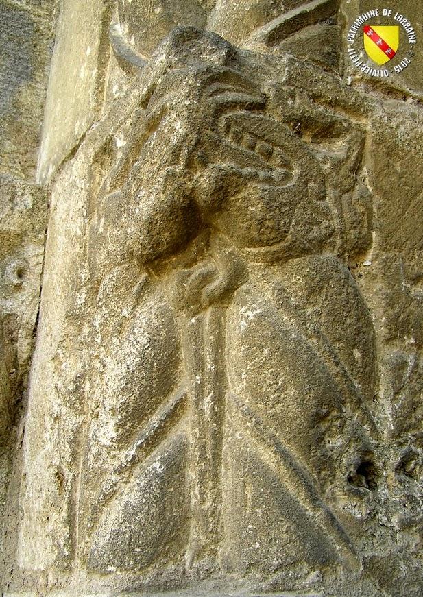 NOVIANT-AUX-PRES (54) - Portail roman de l'église