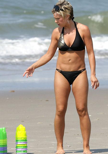 Amateurs kate gosslin bikini pics dumas