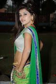 Yamini bhaskar glamorous photos-thumbnail-16