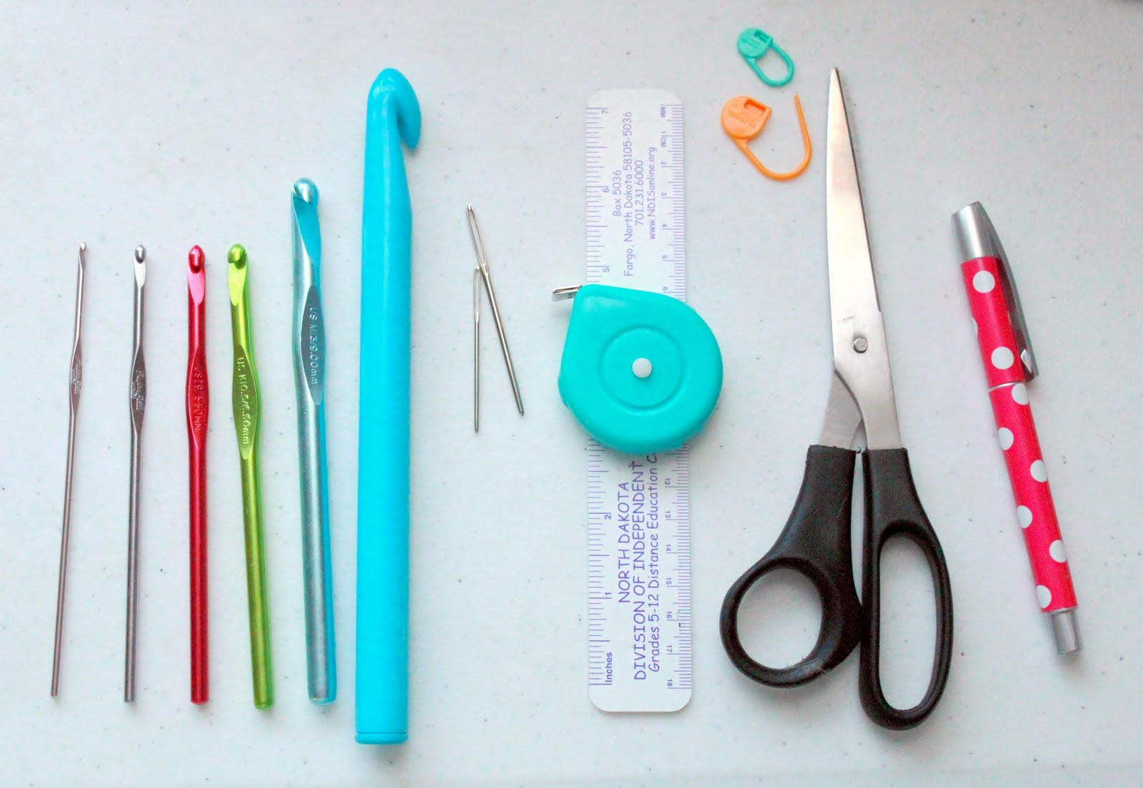 ... has been moved to MAMACHEE.COM: A. Crochet hooks and other handy tools