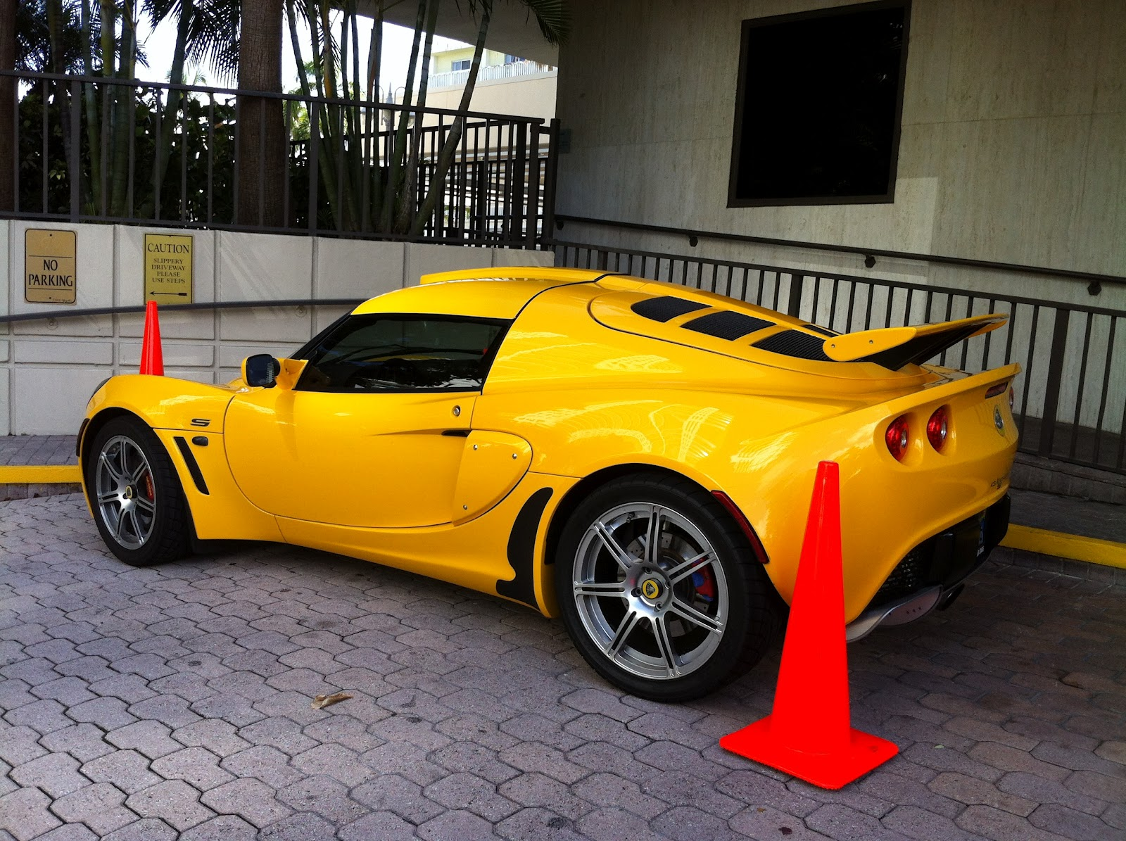 yellow lotus elise cars -#main