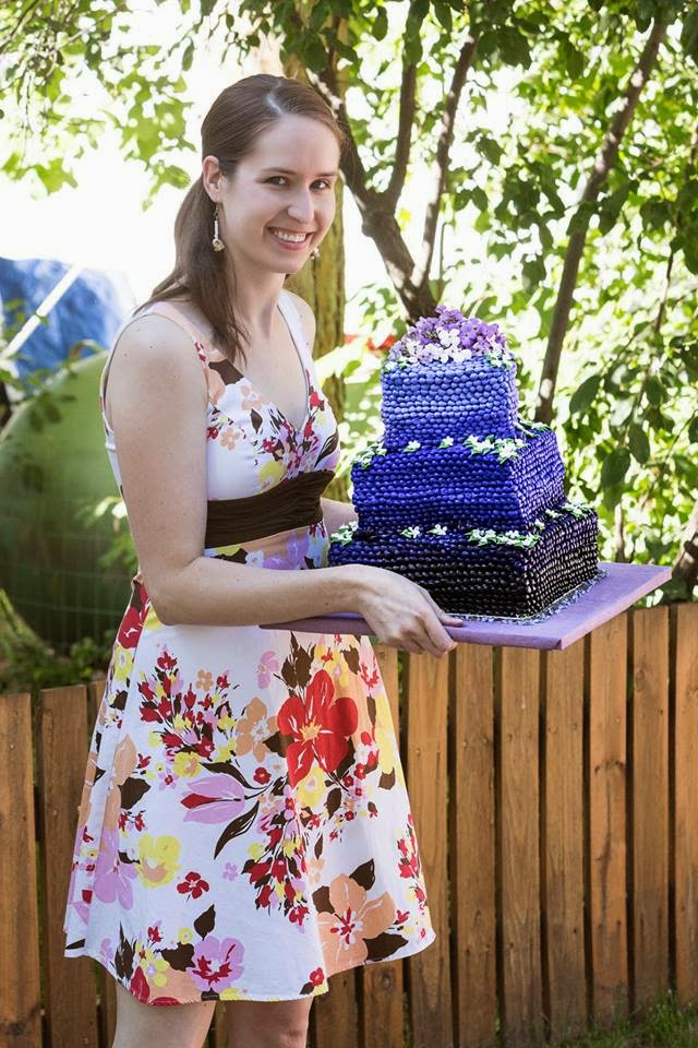 cake, wedding, floral dress, guest post, never fully dressed, withoutastyle,