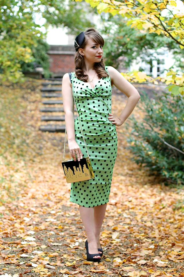 Voodoo Vixen Selena wiggle dress in mint green review, with Vendula London New York Lights clutch bag