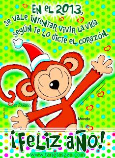 monito celebrando año nuevo