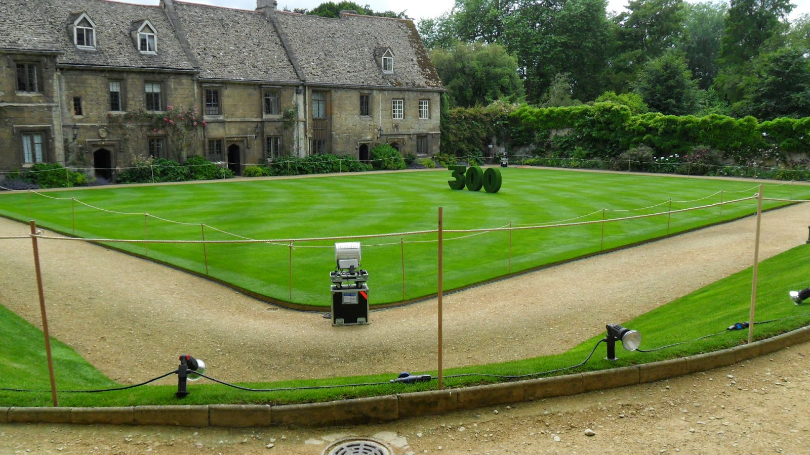 Worcester College Gardeners The Last Day Of Preparations