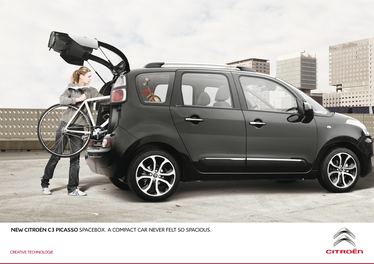 creative advertising citroen c3 picasso and bike. Black Bedroom Furniture Sets. Home Design Ideas