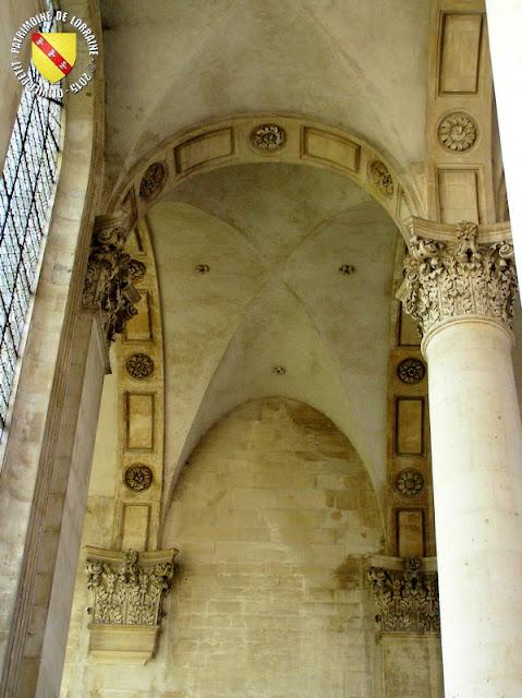 PONT-A-MOUSSON (54) - Abbaye des Prémontrés : l'abbatiale