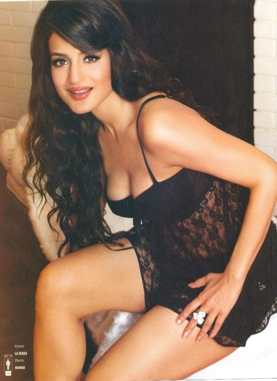 Amisha Patel Hot Photoshoot