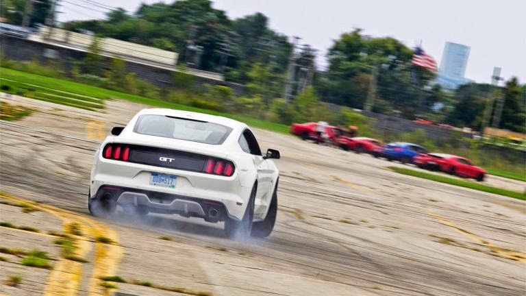 American Sports Car V8 Drift