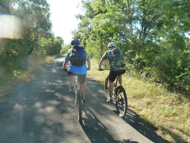 [CR] Bruniquel (82), Gorges de l'Aveyron le 09 juillet 2015. P1070538