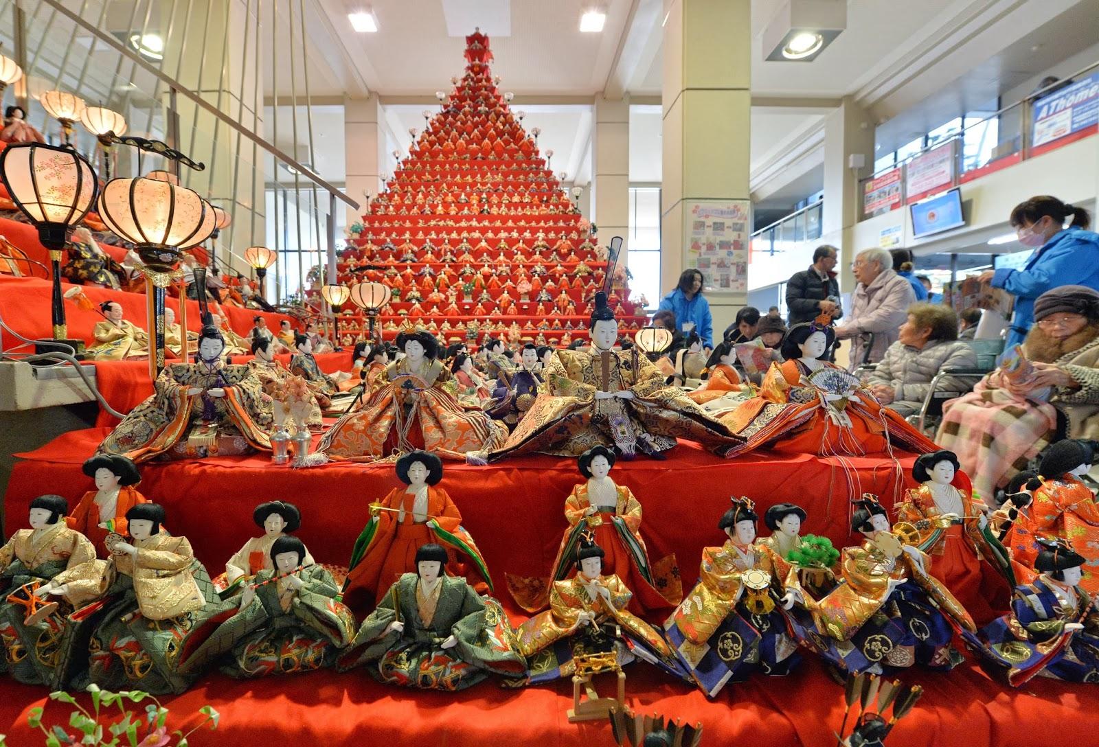 Doll Festival (Konosu Bikkuri Hinamatsuri) in Japan