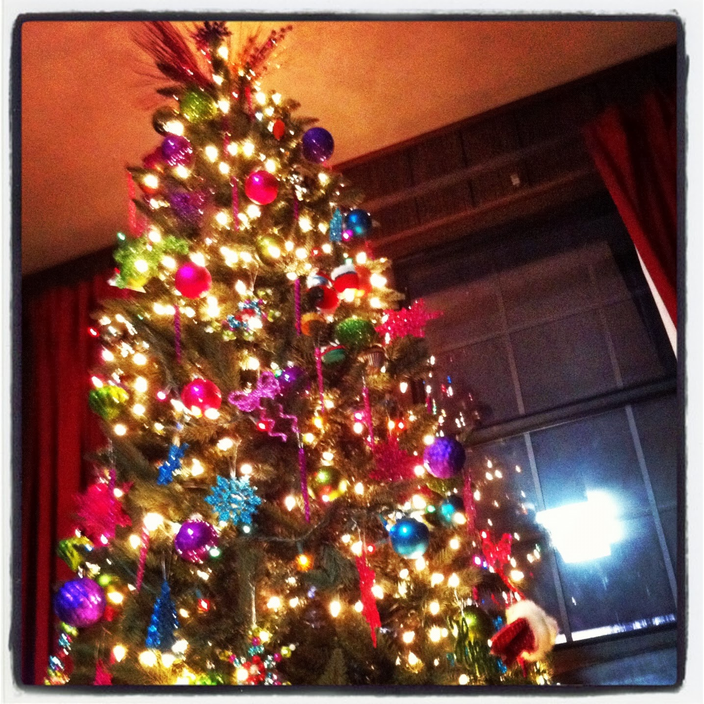 Christmas Tree,Fuchsia, Blue, Shiny, Lights, Christmas