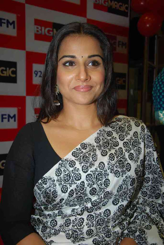 Vidya Balan At  Big FM Photos hot photos