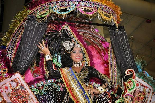 DAYANE DOURADO, RAINHA DAS RAINHAS DO CARNAVAL 2015