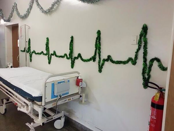 Creative Ideas For Christmas Decorations By A Hospital's Medical Staff - This Hospital Knows How To Be Festive