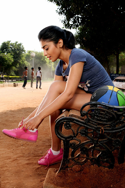 Shriya Saran Pavitra Movie photos