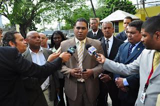 Jiménez afirma esta  todo listo para anunciar candidato este martes