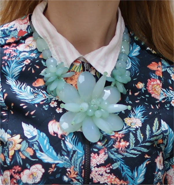 no brand statement necklace in green