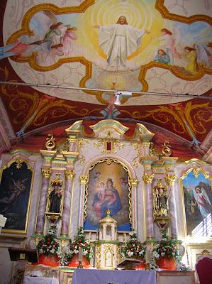 Iglesia Curral das Feiras, Madeira, Portugal, La vuelta al mundo de Asun y Ricardo, round the world, mundoporlibre.com