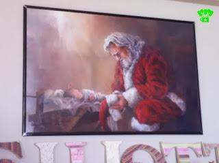 Kneeling Santa Picture