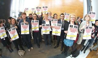 Eurodeputados da Esquerda Unitária; Eurodeputados; Esquerda Unitária; Eurodeputados da Esquerda; Bruxelas; UE