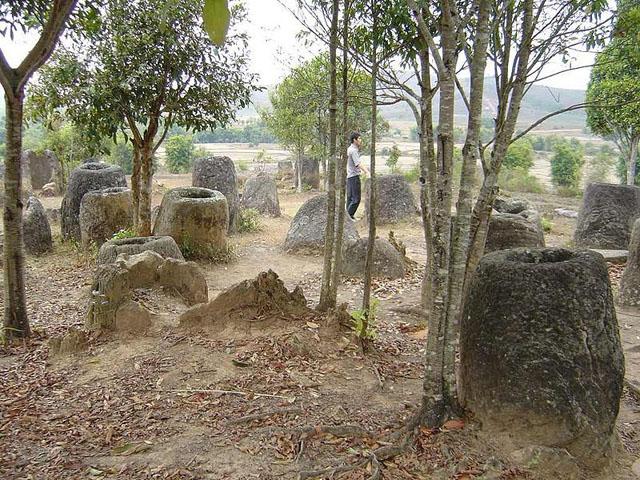 Лаос,Долина Кувшинов,долина каменных кувшинов,долина горшков,Сиангхуанг