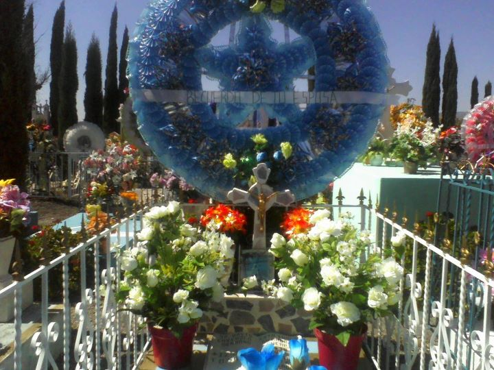 La tumba de mi Papa donde descansa en paz..
