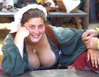 25 cosas que les suceden a las chicas de pechos grandes