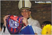 Bergoglio: el nuevo Papa es hincha de San Lorenzo.