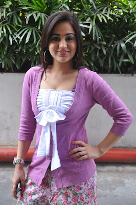 Aksha Hot Dress Photo Gallery