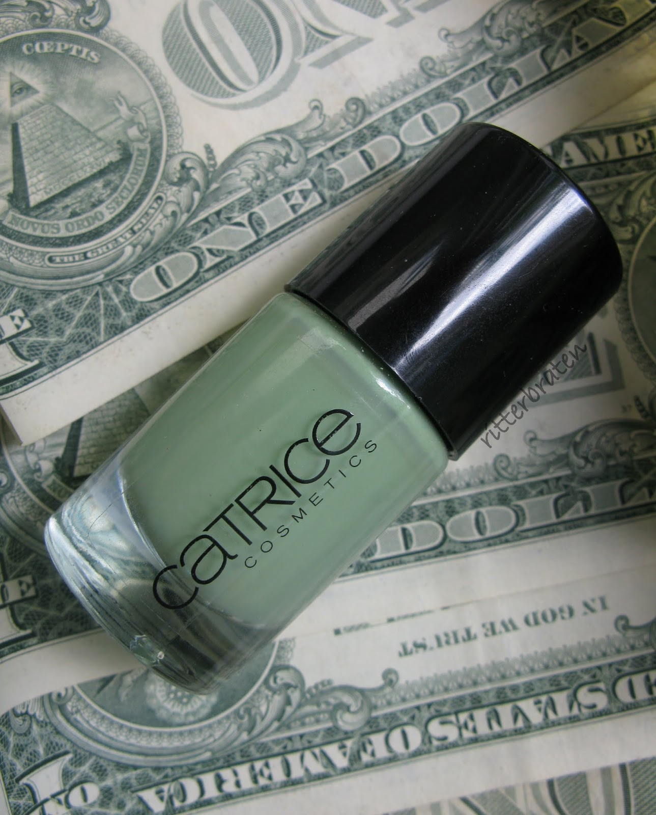 Catrice Sold Out Forever swatch nail polish