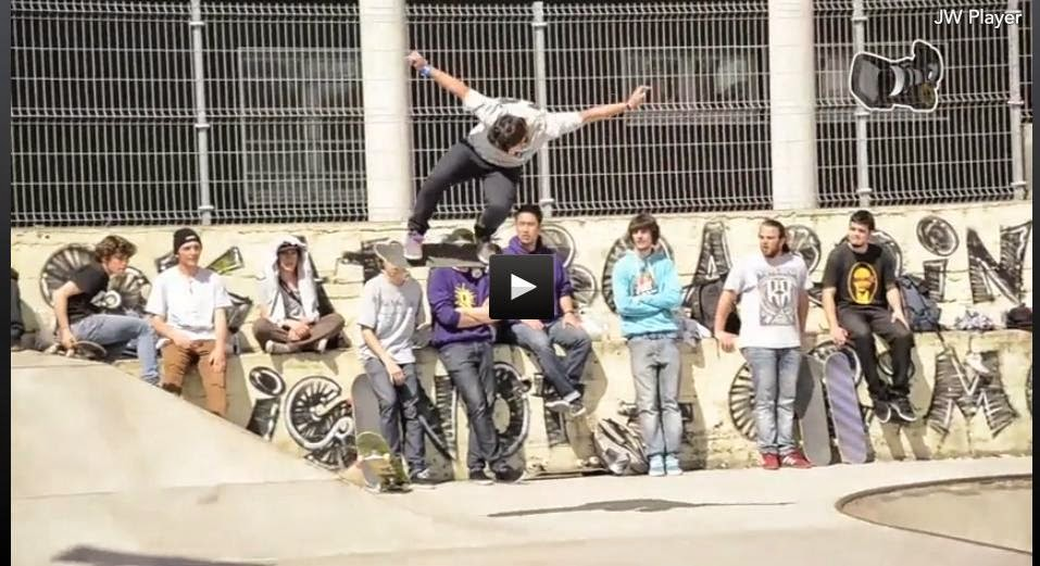 http://www.skatefilms.tv/2424-bollo-aviles-2015