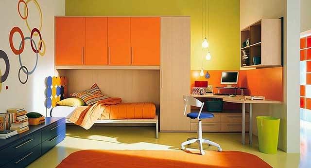 Оранжевый цвет в интерьере комнаты