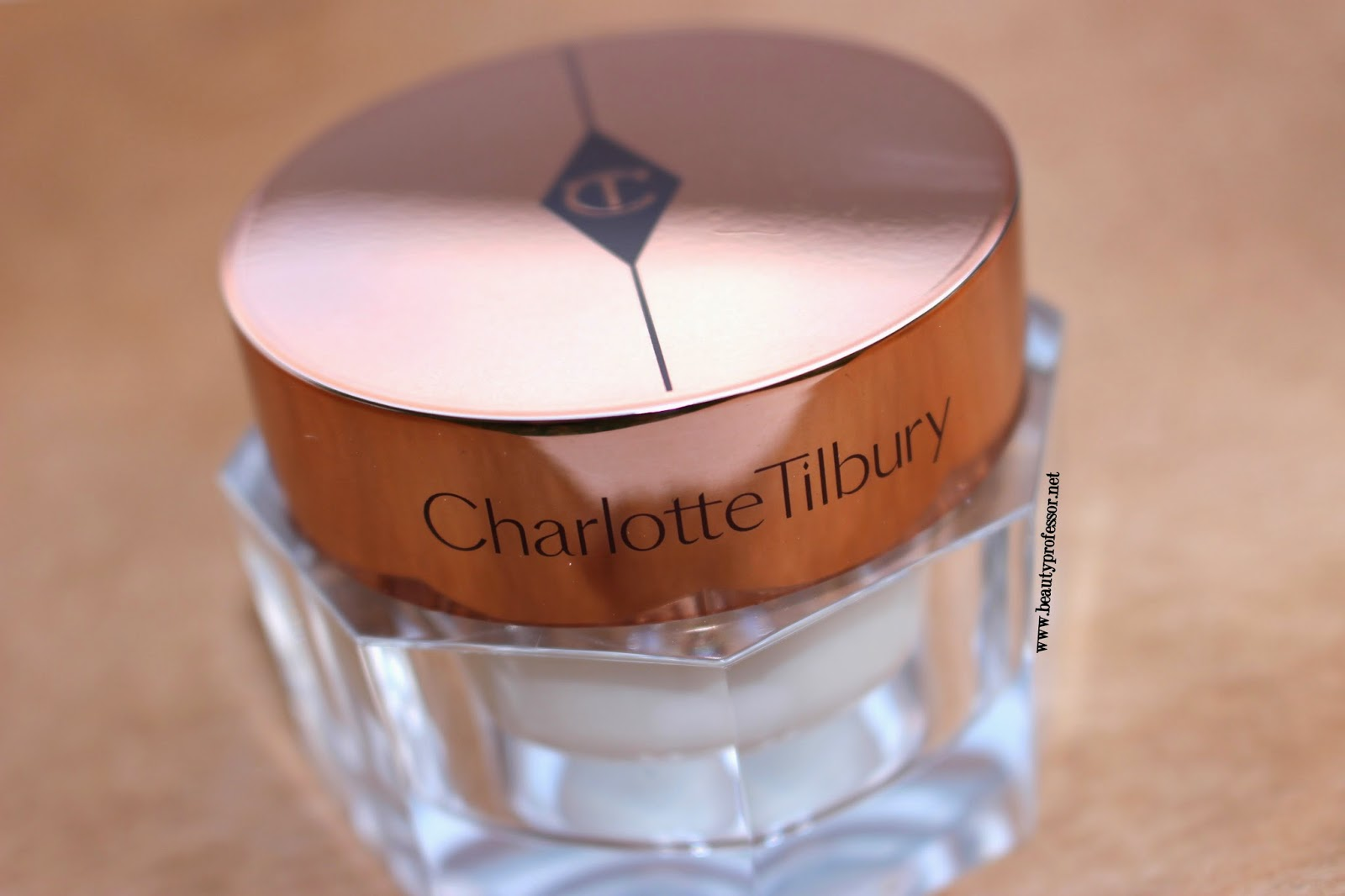 charlotte tilbury magic cream